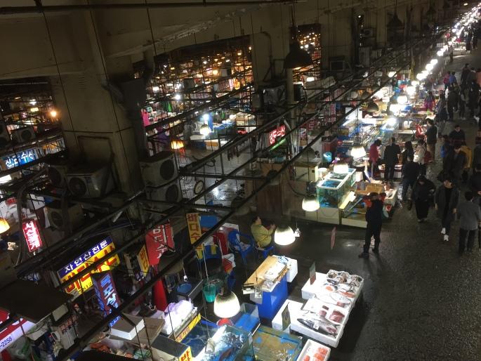 The old Noryangjin Fish Market in Seoul